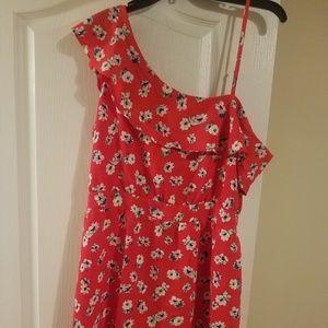 ONE-SHOULDER FLOWER DRESS